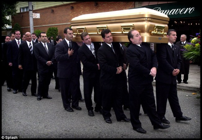 John Gotti Quotes Wallpapers John Gotti Funeral