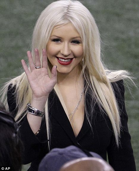 Did The Herpes Sink Into Christina Aguilera 's Brain Is That Why She Messed Up The National Anthem? 2