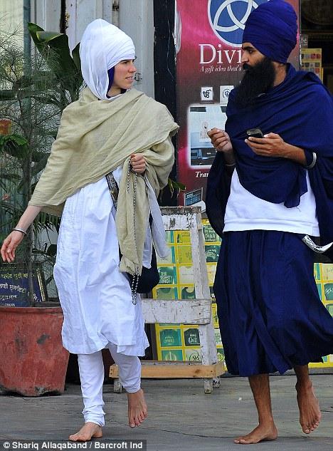 Punjabi Boy And Girl Wallpaper Alexandra Aitken S Devout Sikh Husband Used To Be Party