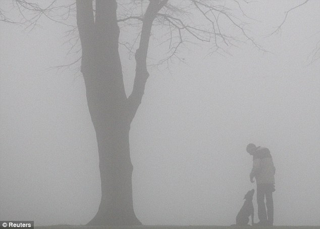Lonely Girl Walking Wallpaper Uk Weather Forecast Fog Cancels Flights As Gale Force