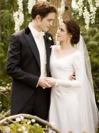 Twilight: Breaking Dawn: Bella Swan's stunning Twilight ...