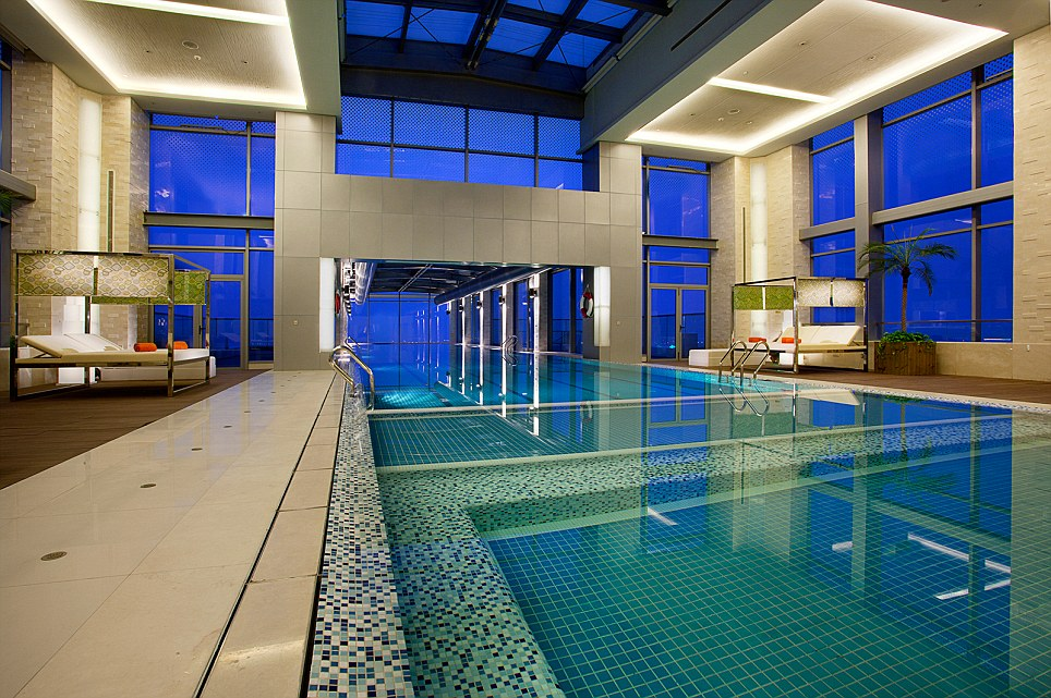 That39s One Hell Of A Deep End The 24th Floor Swimming