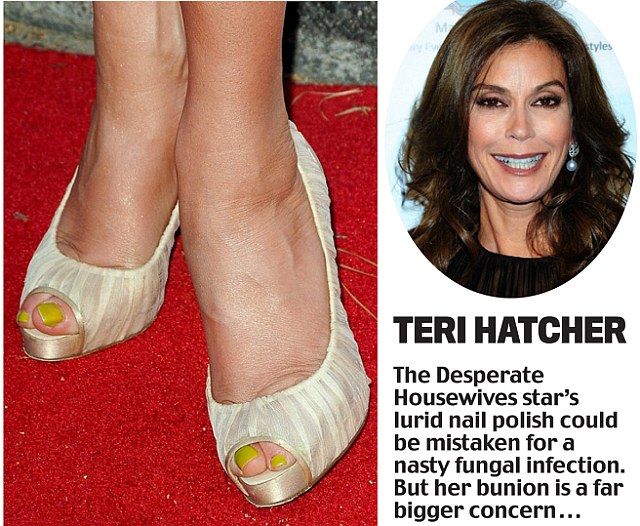 Teri Hatcher The Desperate Housewives Star39s Nail Polish