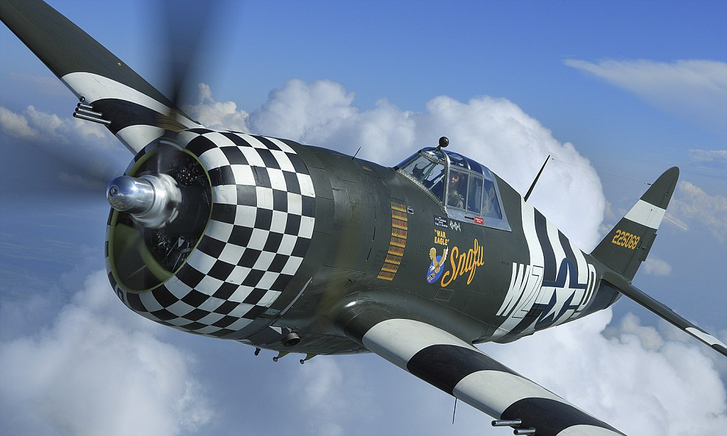 Why Is My Wallpaper Falling Off Flying Legend Returns To The Skies Rare Wwii P 47