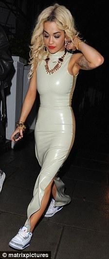 Unusual Girls Wallpaper Rita Ora Wears Pvc After Her Wireless Performance In