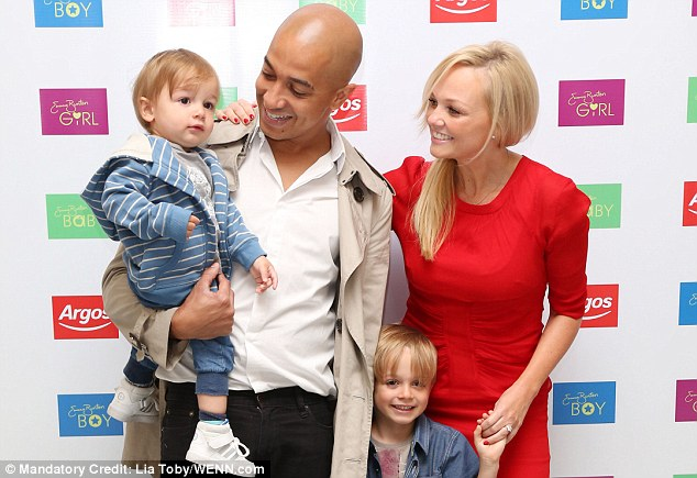 Return Of The Spice Girls Wallpaper Family Affair Emma Bunton Is Joined By Sons Beau And Tate