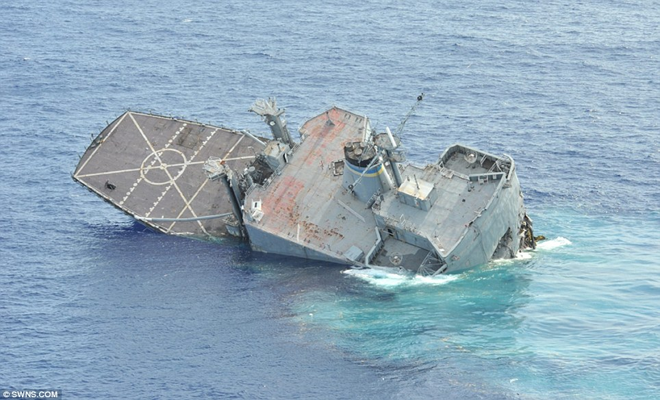 Dramatic Moment Us Navy Ship Is Sunk By Torpedo From