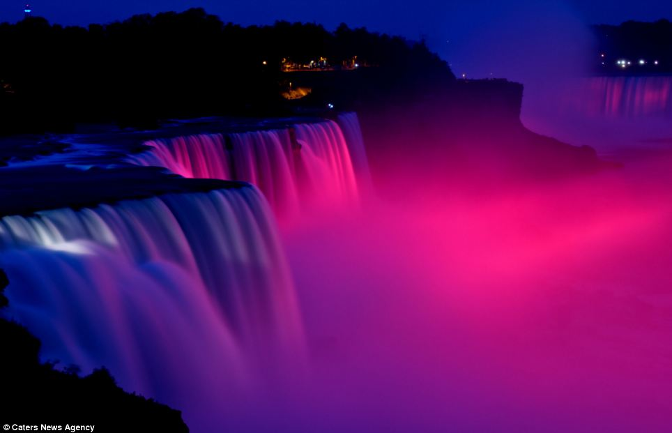 Beautiful Niagara Falls Wallpaper The World S Brightest Water Colours Magical Pictures Of