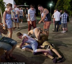 Young British boys and girls are putting themselves at risk in Magaluf ...