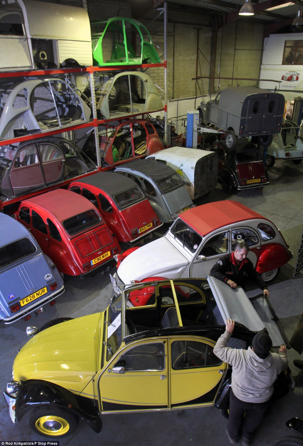 Four Vapeur How Citroen 2cv Wrecks Are Being Restored In Britain