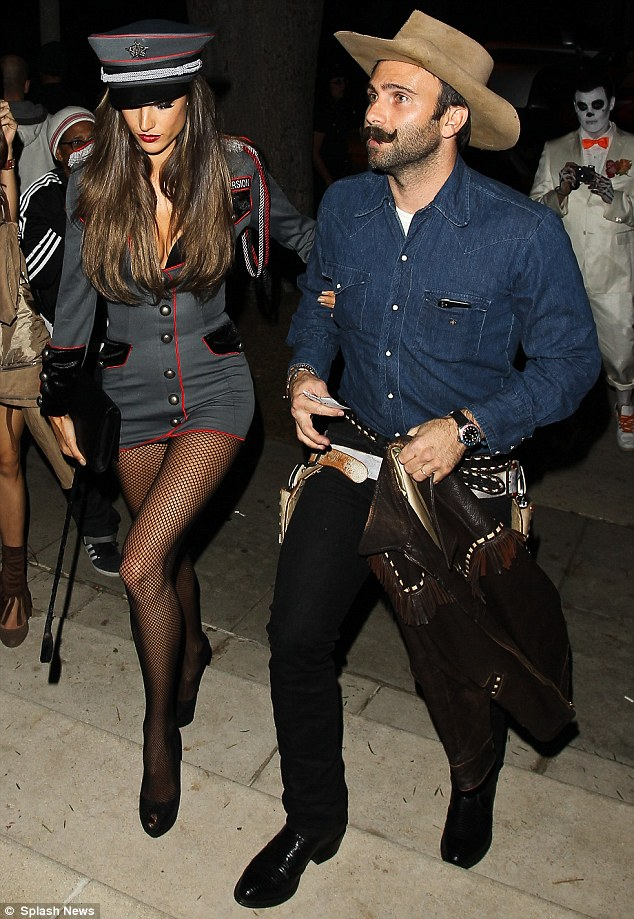 Deep House Girl Wallpaper Alessandra Ambrosio Wears Saucy General Costume To
