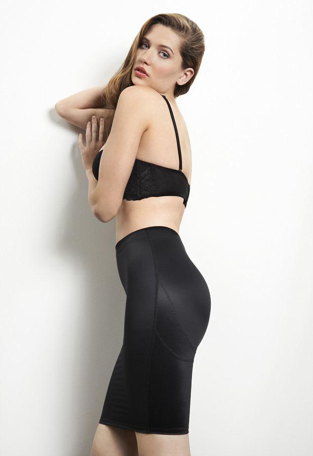 Girls Wearing Bikinas Wallpaper Does My Bum Look Big In This I Hope So New M Amp S Shapewear