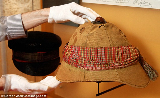 Dr Livingstone\u0027s hat, I presume? Famous explorer\u0027s belongings