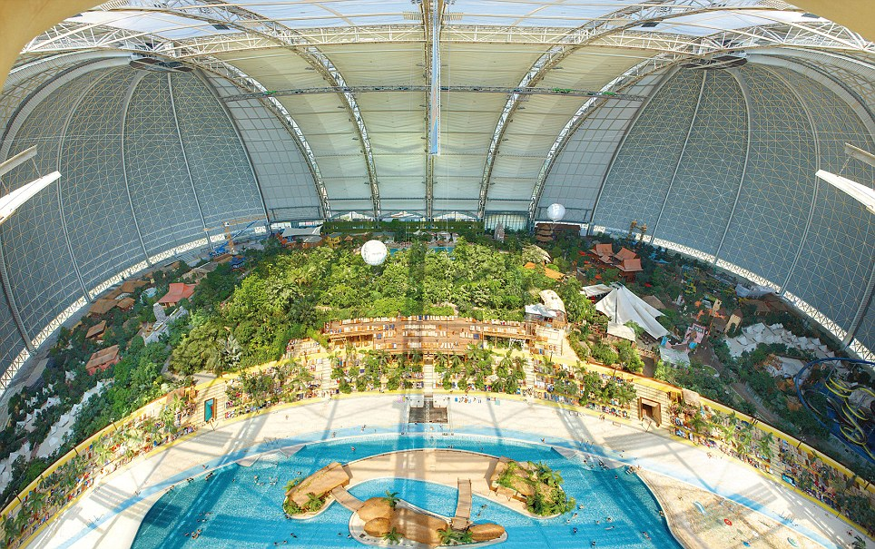 Indoor Tropisch Zwembad Duitsland The World's Largest Indoor Beach In The German Countryside
