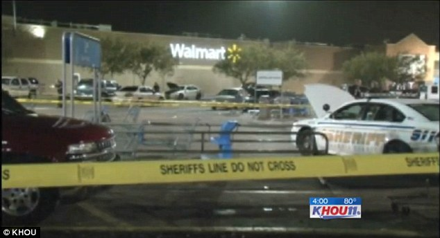 Walmart security guard shoots \u0027shoplifting\u0027 mother dead in parking