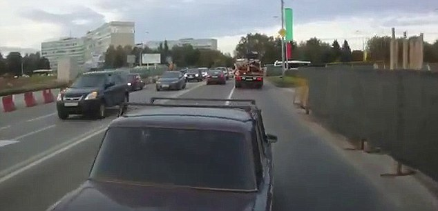 Russian bus driver dubbed \u0027The Punisher\u0027 deliberately rams cars that