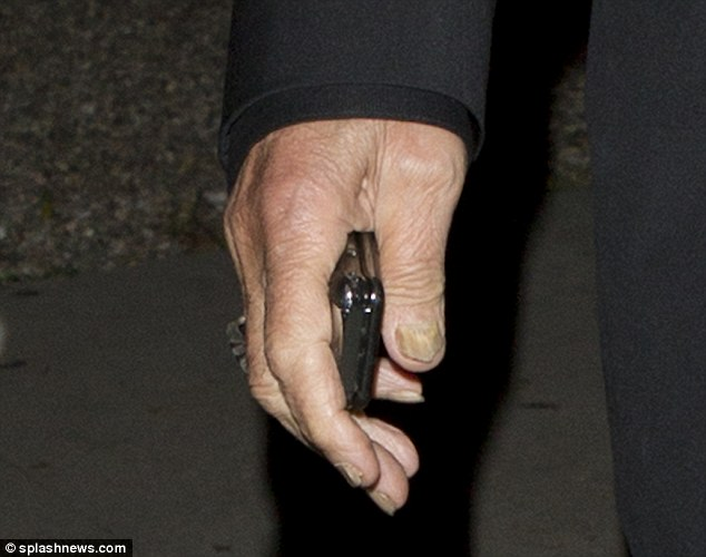 Al Pacino 72 Reveals Yellow And Unruly Fingernails As He