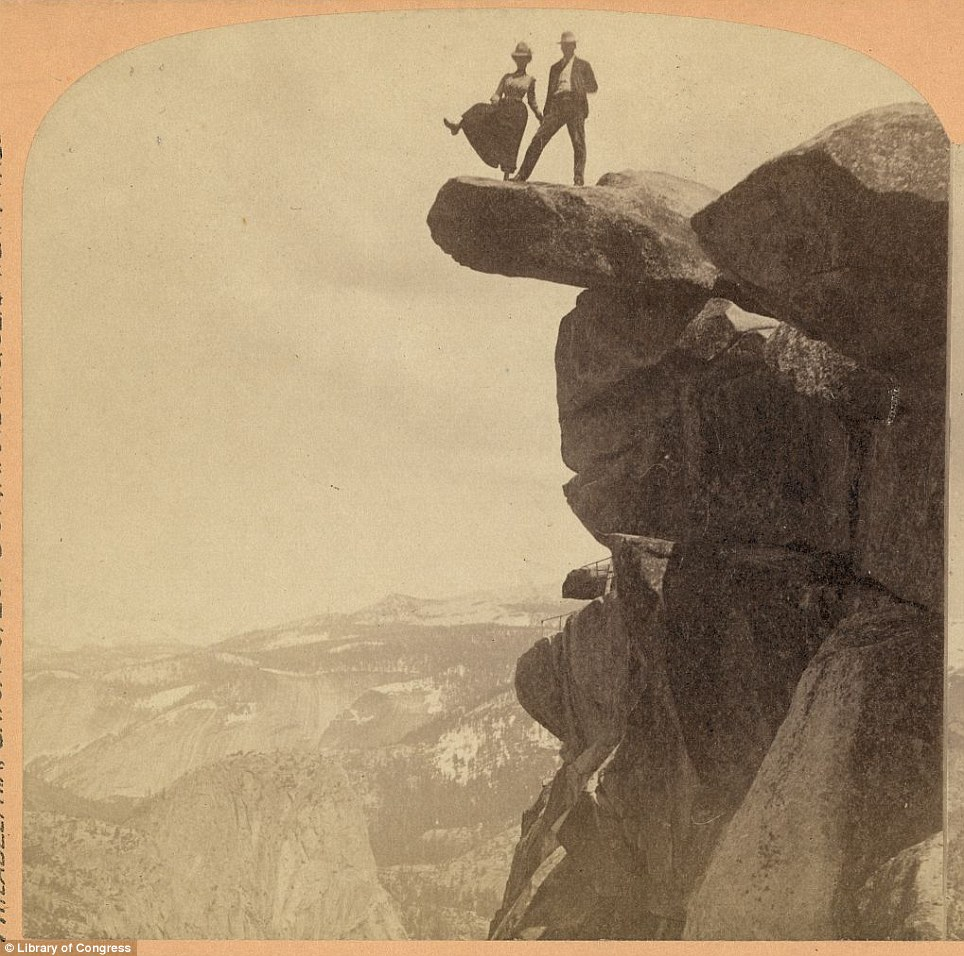 Wallpaper Falling Off Wall Yosemite National Park Vintage Photos Show Tourists