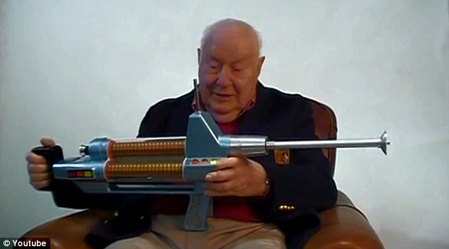 Set Phaser Rifle Auction To Stun Star Trek Prop Once Used
