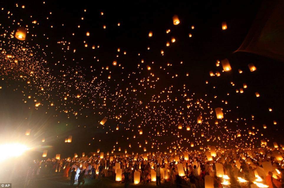 Great Car Wallpapers Hd Spectacular Images Thousands Of Students Release Lanterns