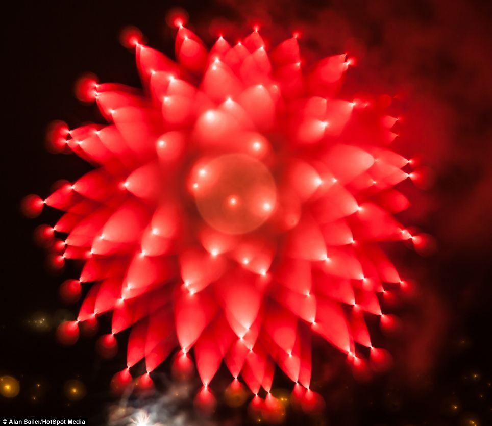 Photographer alan sailer captures the moment fireworks