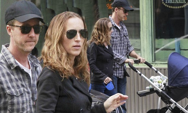Baby Stroller Online Australia Edward Norton Coos Over His Six Month Old Baby Daughter As