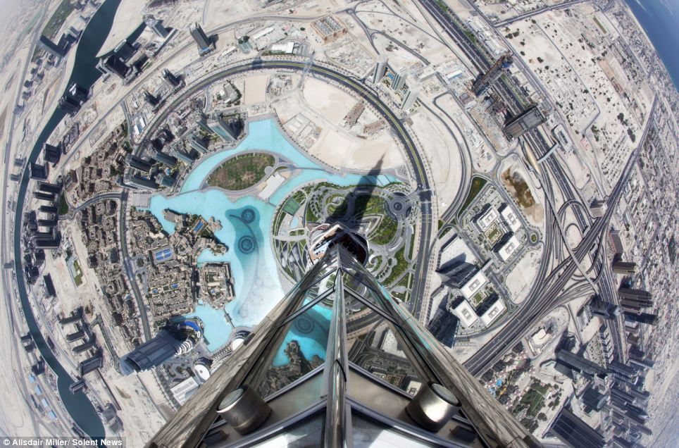 Photographer Alisdair Miller Climbs Tallest Skyscraper To