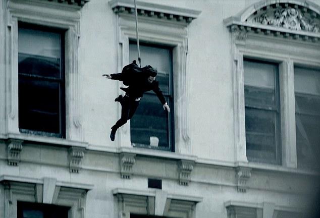 Pitbulls Fall Wallpaper Sherlock Twitter Fans React As Rooftop Plunge Mystery Is