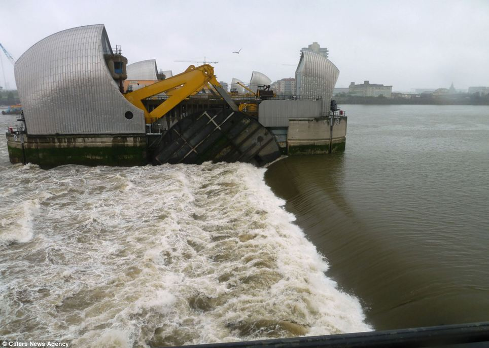 Thames Barrier Turns 30 Stunning Images Reveal The