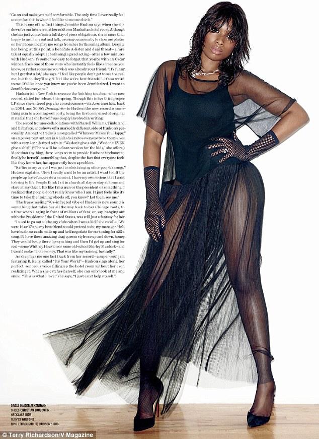Stunning Black Wallpapers Jennifer Hudson Turns Sexy Diva For Stunning New V