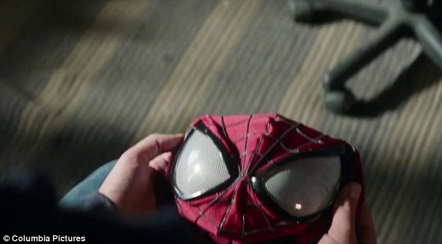 The Amazing Spider Man 239s New Trailer Unveils The Green