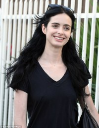 Krysten Ritter looks naturally pretty completely make-up ...