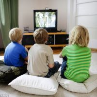 Watching TV 'has no benefits for toddlers' | Daily Mail Online