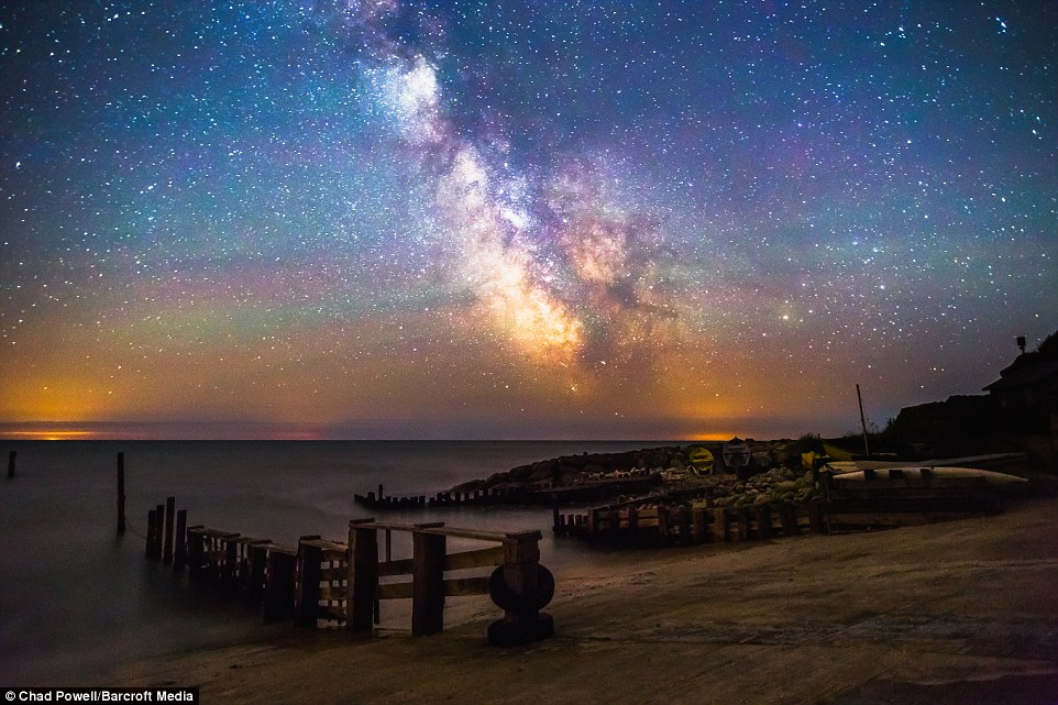 Lighthouse 3d Live Wallpaper Isle Of Wight S Glittering Skies Are Captured In Stunning