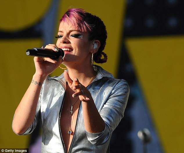 Lily Allen Resurrects Silver Jumpsuit And Suffers Wardrobe