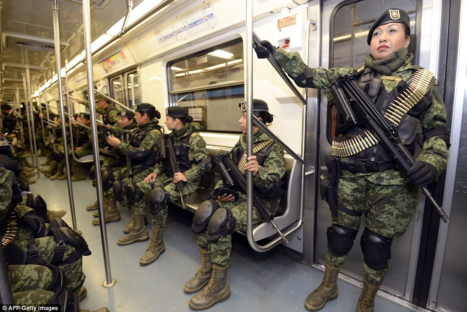 Country Girl Wallpapers With Camo Mexican Army Soldiers Take Subway To Go To Independence