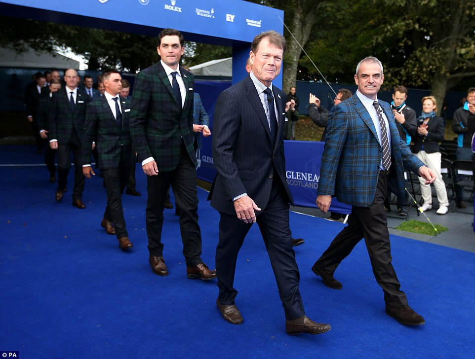 Gwags Tee Off Ryder Cup Early By Catwalking Into Opening