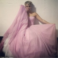 Kaley Cuoco gets to wear her pink wedding dress again in ...