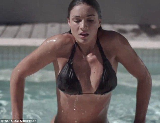 Swimming Wallpaper Quotes Michelle Jenneke S Steamy Shoot Flahsback As She Bombs Out