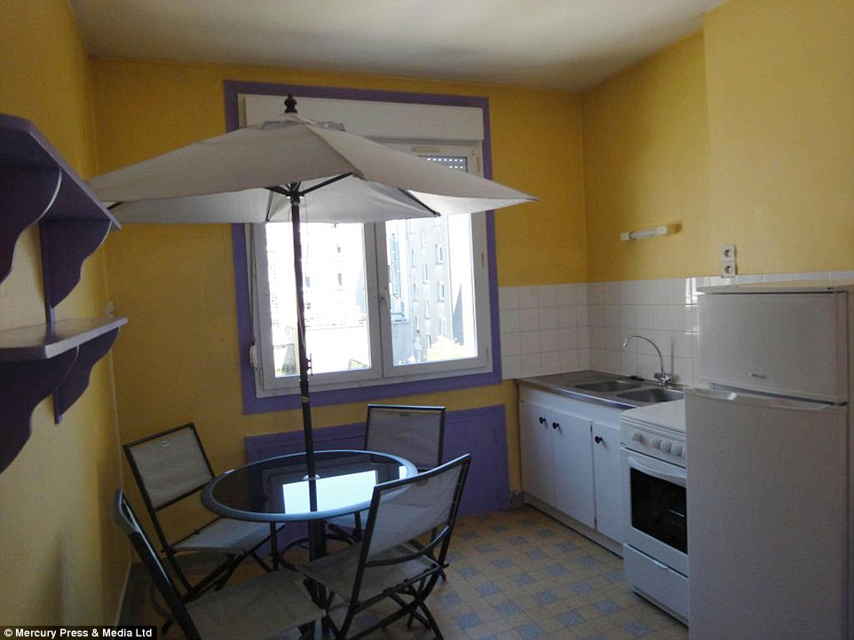Hilarious Collection Of World39s Worst Estate Agent Photos