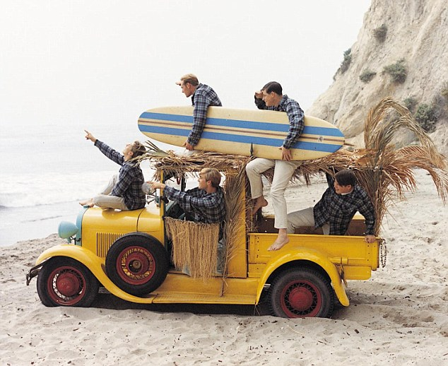 The Cars Band Cover Wallpaper Surfin Usa On The Trail Of The Beach Boys In The Sun