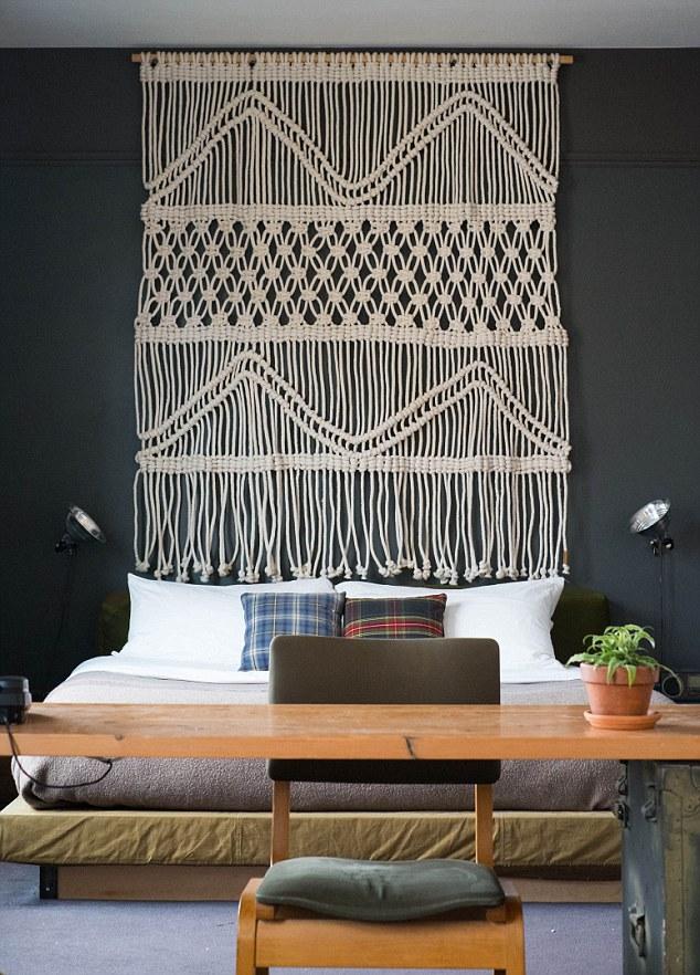 designer wall hangings