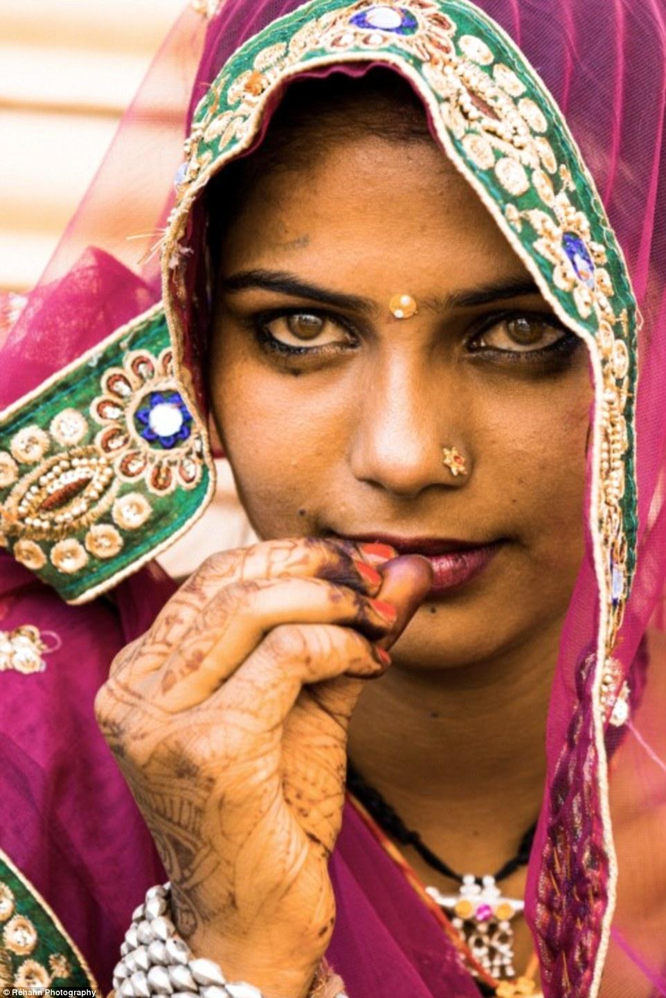 Punjabi Boy And Girl Wallpaper Photographer R 233 Hahn Captures The Beautiful People Of
