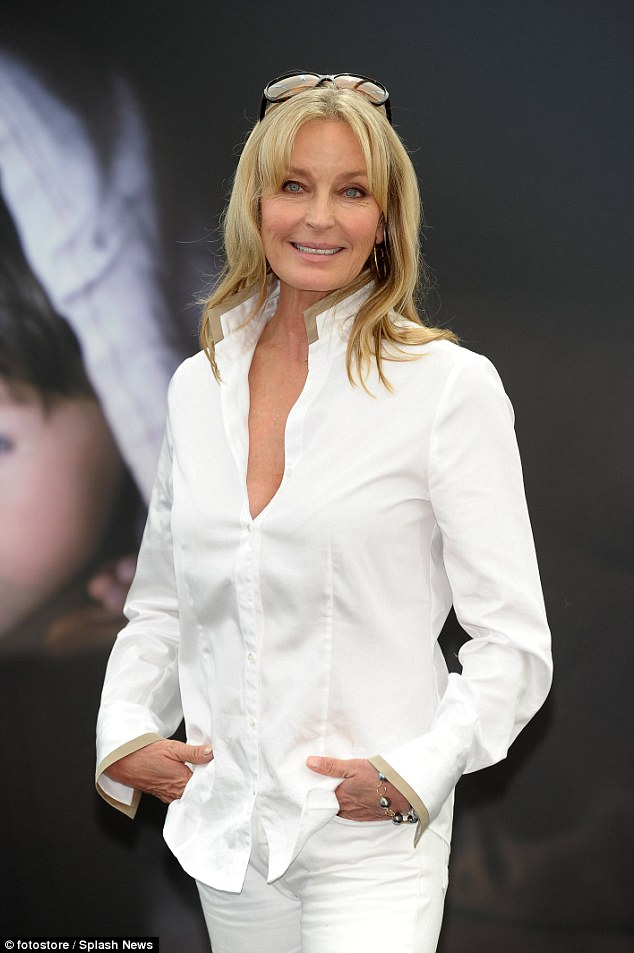 Beautiful Wallpaper Boy And Girl Bo Derek 58 Looks Young And Radiant In All White