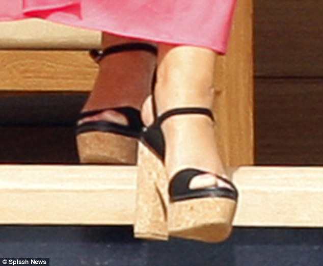 Mariah Carey Almost Trips And Falls While Stepping Off