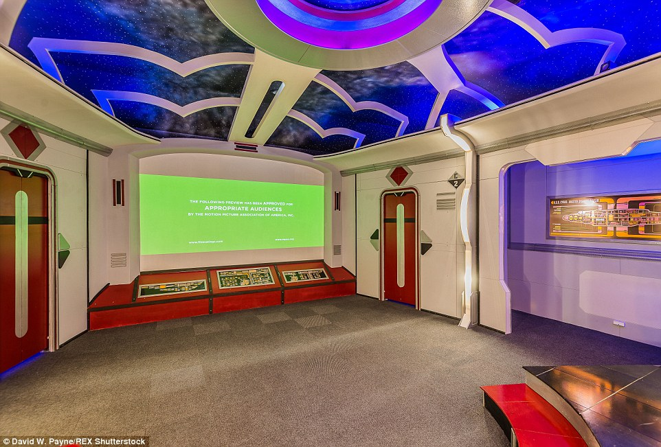 Star Trek Themed Home In Friendswood Texas Goes On Sale