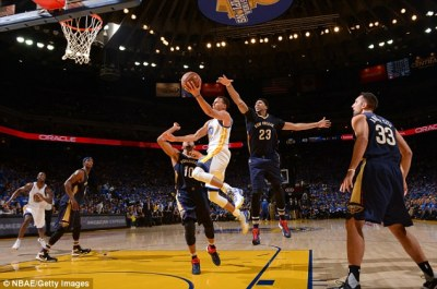 Golden State Warriors 111-95 New Orleans Pelicans: Stephen Curry scores 40 points as NBA ...