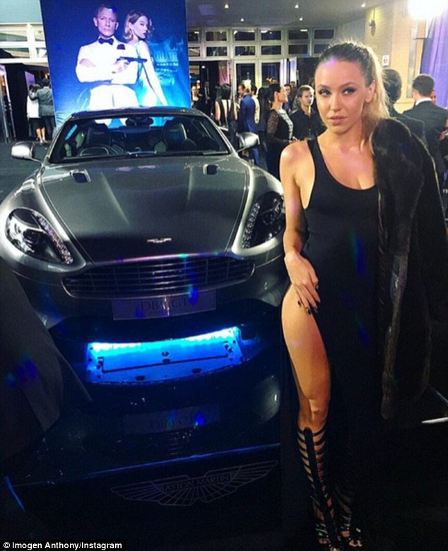 Wallpapers For 11 Year Old Girls Imogen Anthony Poses By 007 S Aston Martin At James Bond