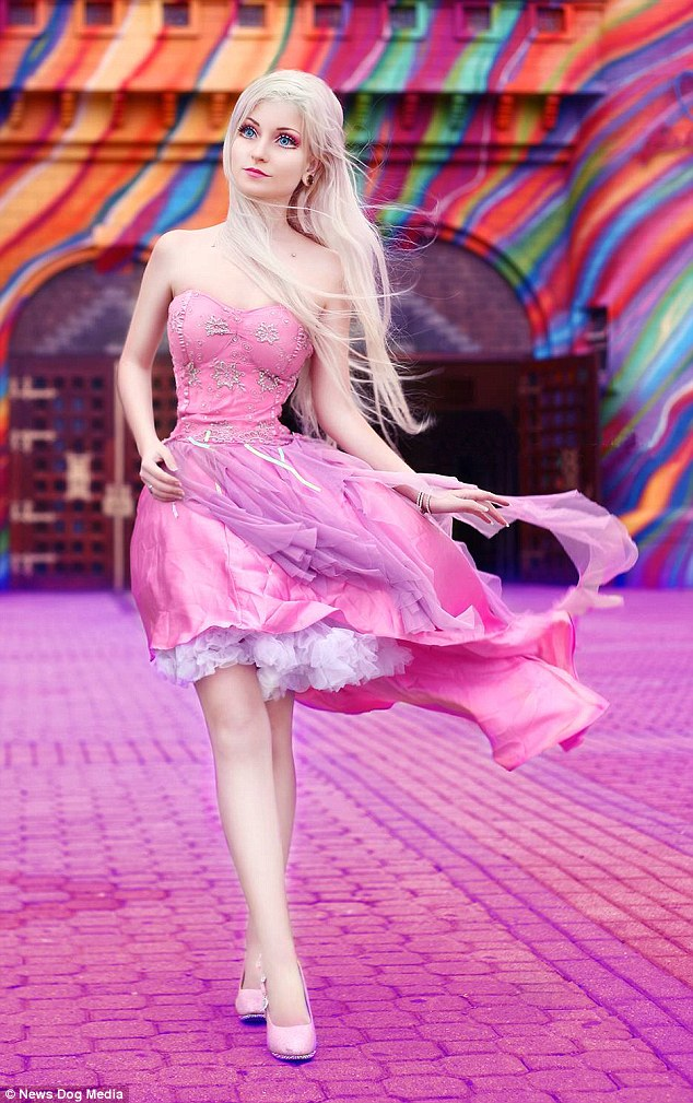 Cute Barbie Doll Wallpaper Images Brazilian Human Barbie Andressa Damiani Claims Her