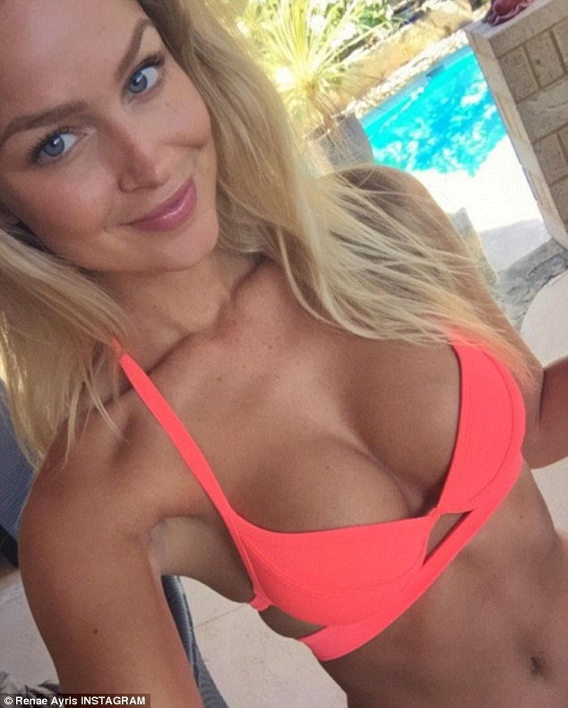 Super Cute Little Baby Wallpapers Renae Ayris Puts On A Busty Display In Coral Bikini